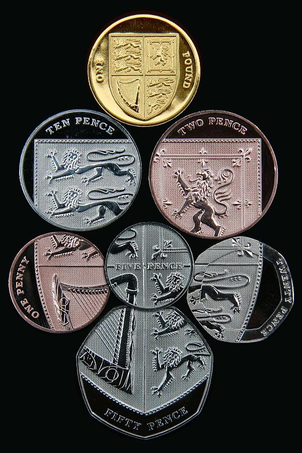 思わず欲しくなる?世界のめずらしいコイン20選!
